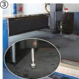 the slatted floor coverings made of rubber are cut out with water jet technology